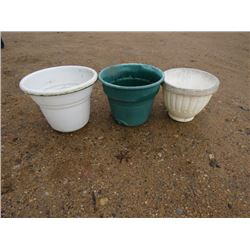 FLOWER POTS QTY 3 18 TO 24""