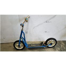 BLUE STRATA SCOOTER