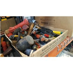TRAY OF TOOLS AND RUBBER HAMMERS