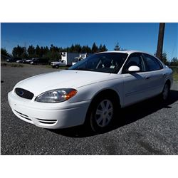 C2 -- 2005 FORD TAURUS SEL SEDAN, WHITE, 142,722 KMS