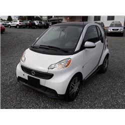 E5---2014 SMART FORTWO PURE, WHITE, 53 683KM.