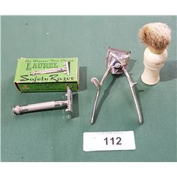 VINTAGE SHAVING CLIPPERS & BRUSH