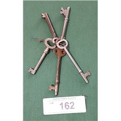 5 ANTIQUE SKELETON KEYS
