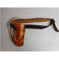 WESTERN STYLE HOLSTER & AMMO BELT WITH AMMO