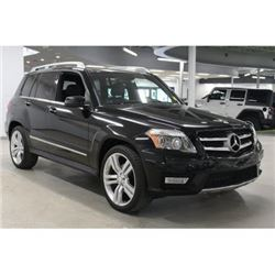 2012 Mercedes-Benz GLK 350The Mercedes-Benz GLK Class is a premium Crossover SUV. The GLK 350 is pow