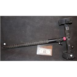 ZZ-CLEARANCE WARCRAFT BLACK ROCK SCREEN USED STUNT CGI BATTLE HAMMER 2