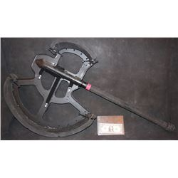 ZZ-CLEARANCE WARCRAFT DUROTAN SCREEN USED HERO CGI BATTLE AXE 1