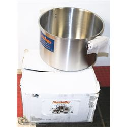 NEW THERMALLOY STAINLESS STEEL 40 QUART STOCK POT