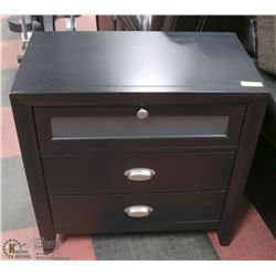 ESTATE BLACK SOLID WOOD 3-DRAWER