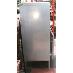 GREY METAL CABINET, NO KEYS