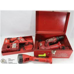 MILWAUKEE 12V CORDLESS DRILL SET WITH LIGHT AND