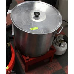 TURKEY FRYER WITH POT