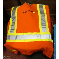 SZ SMALL AND MEDIUM REFLECTIVE WORK SHIRTS