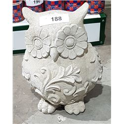 HIGHLY DETAILED CONCRETE OWL STATUE