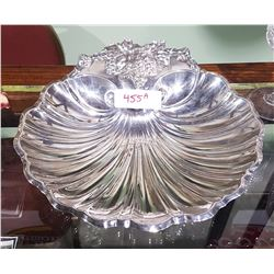 LARGE 1940 REED & BARTON SILVERPLATE SHELL DISH