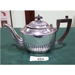 1930'S STERLING SILVER TEAPOT WITH BAKELITE HANDLE