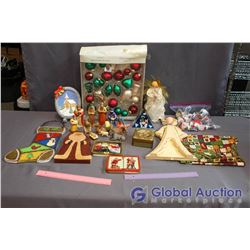 Large Lot of Misc Christmas Decor