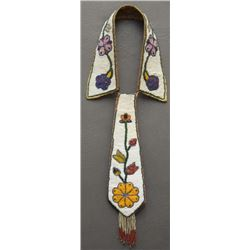 SIOUX INDIAN BEADED TIE