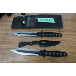 3 Throwing Knives