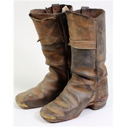 Early child's square toe leather boots,