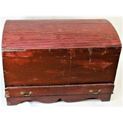 Early dome top wood blanket trunk