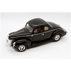1940 Ford Hot Rod Ertl Collections American Muscle 1:18 scale
