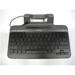 BELKIN Wired Keyboard with Stand for iPad (NEW)