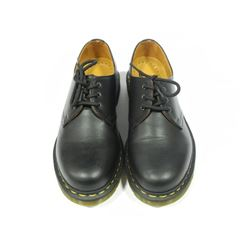 Dr. Martens - Shoes Size 6. (NEW) (BOX WORN)