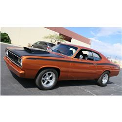 1972 PLYMOUTH DUSTER BIG BLOCK 383