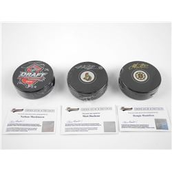 Lot (3)Signed Pucks: D. Hamilton, N. Mackinnon, Ma