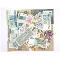 Lot of World Banknotes.