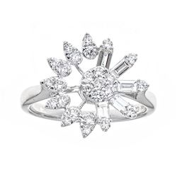 0.8 ctw Diamond Ring - 18KT White Gold
