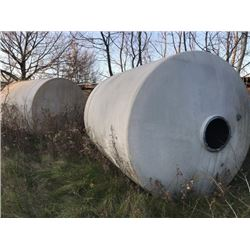 LARGE TANKS APPX 13 FT X 8 FT/  APPROX 275 GALLON UP TO 35 UNITS