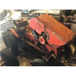 Economy Power King Tractor, with Hydraulics