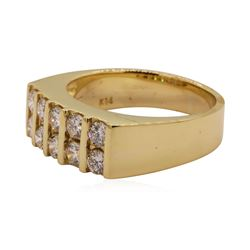 0.70 ctw Diamond Ring - 14KT Yellow Gold