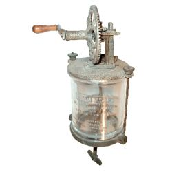 Universal Mayonnaise Mixer & Cream Whipper, mfgd. by Landers, Frary & Clark-New Britain, Conn., clam