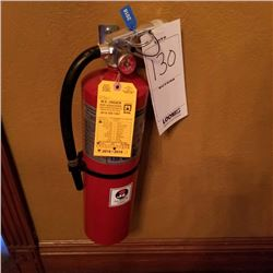 FIRE EXTINGUISHER WITH WALL MOUNT