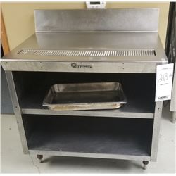 COMMERICAL GRADE STAINLESS STEEL TABLE WITH DRAIN