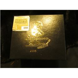 "1844 _ ""Sacagawea Dollar 2005"" Five dollars encased in a holder and stored in a box.The set containi"