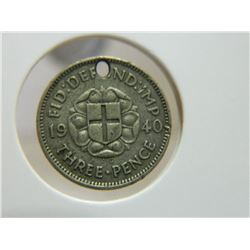 COIN - THREE PENCE - 1940 - SILVER - HOLE
