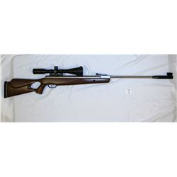 Benjamin Model: B1500STM Caliber: 0.177 Serial No. 408X00306 Description: Air Rifle with Center Poin