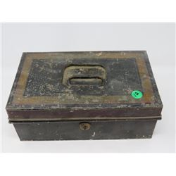 OLD METAL CHANGE BOX, BOTTOM COMPARTMENT, NO KEY