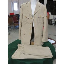 CANADIAN ARMY SUMMER DEU PRIVATE TUNIC AND PANTS (1985)