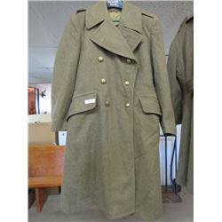 1949 PATTERN CANADIAN KHAKI WOOL OVERCOAT DATED 1953- KOREA ISSUE