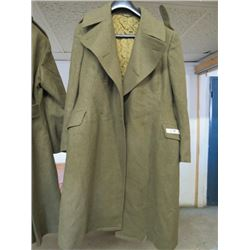1951 PATTERN CANADIAN WOMENS ARMY CORP (CWAC) KHAKI WOOL OVERCOAT 1951
