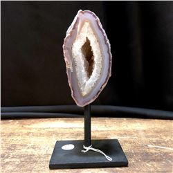 Geode Formation on Stand