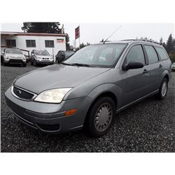M1 --  2005 Ford Focus ZXW , Green , 259745  KM's