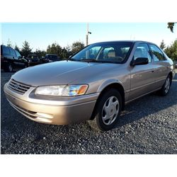 A7 --  1997 Toyota Camry CE , Brown , 294033  KM's