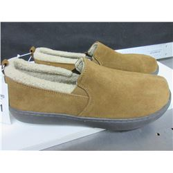 New Mossimo Genuine Suede Mens Slippers size 12 non marking sole