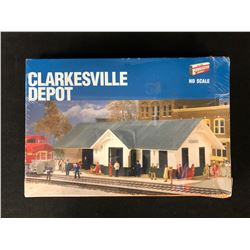 CORNERSTONE SERIES CLARKESVILLE DEPOT HO SCALE MODEL KIT (SEALED)